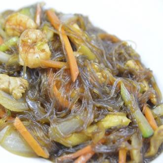 Fideos de soja con tres delicias
