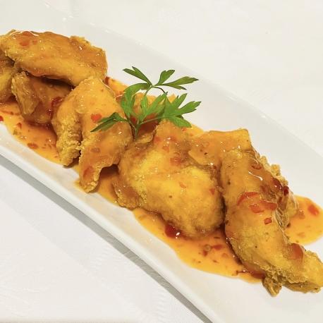 Pollo frito con salsa chili dulce